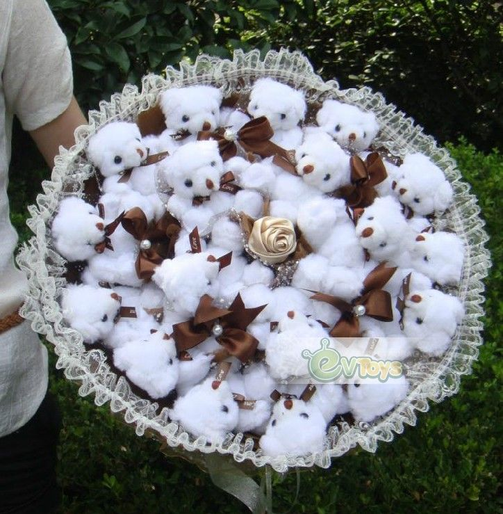 Couples Moved Romantic Gift Bouquets 18 White Teddy Bear Cartoon Dollat EVToys.com