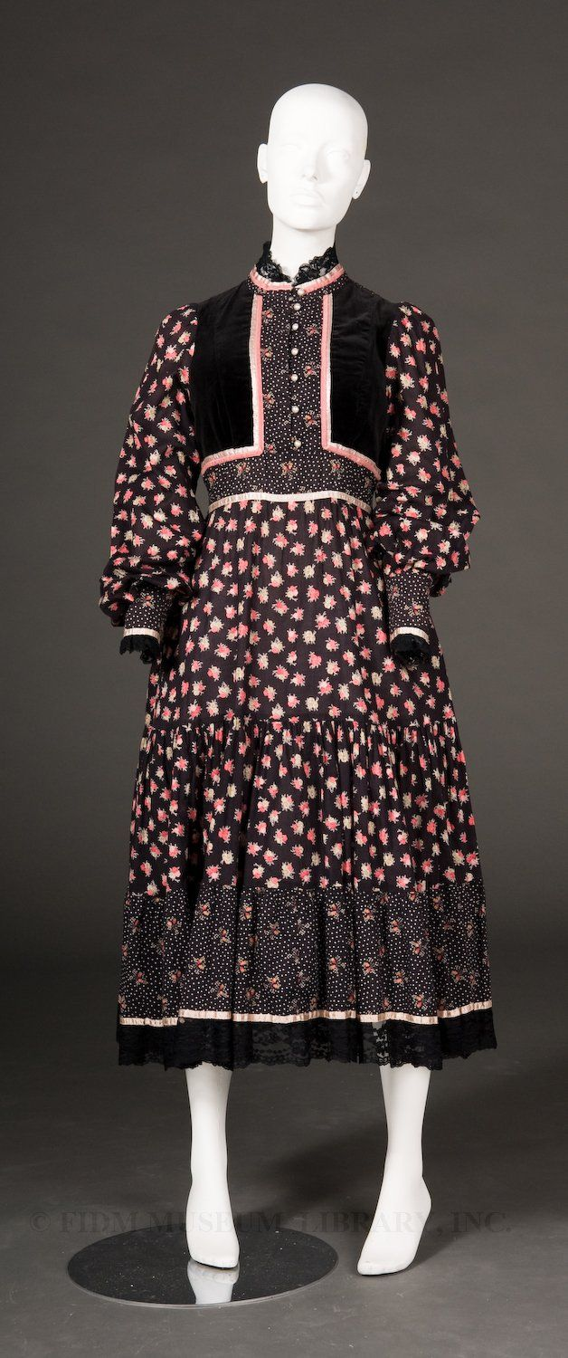 1977 - Gunne Sax dress - Pink and black floral print dress trimmed with lace