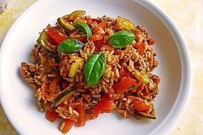 Mediterrane Zucchini - Reis - Pfanne mit Feta, ein gutes Rezept aus der Kategorie Gemüse. Bewertungen: 207. Durchschnitt: Ø 4,3.