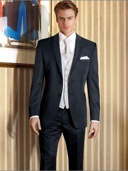Modèle : Costume bleu foncé - Le costume du marié - Robes de mariée