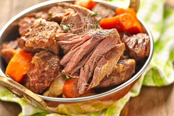 Irish Stew Ein kräftiges und heißes Irsh Stew – genau das richtige bei diesem Wetter. http://einfach-schnell-gesund-kochen.de/irish-stew-2/