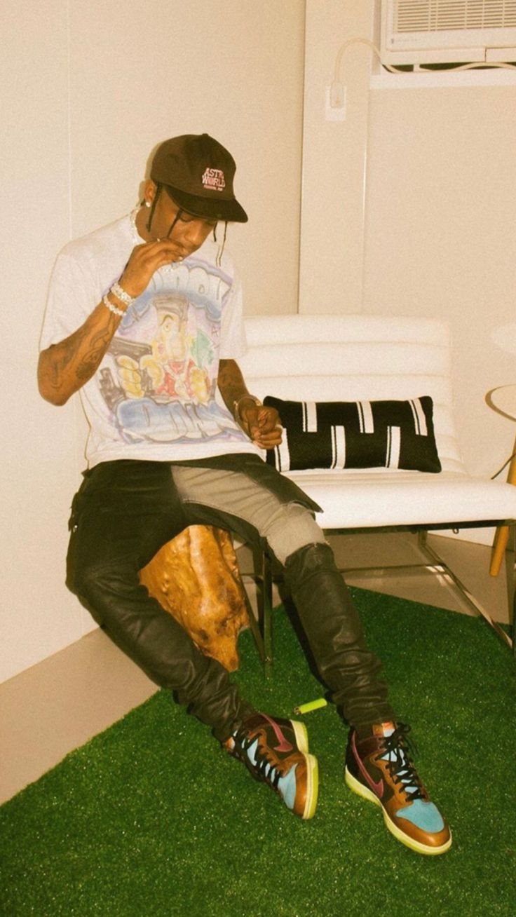 Travis Scott Wallpaper Travisscottwallpapers Travis Scott Wallpaper In 2020 Travis Scott Wallpapers Travis Scott Outfits Travis Scott Fashion