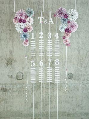 Hanging table plan