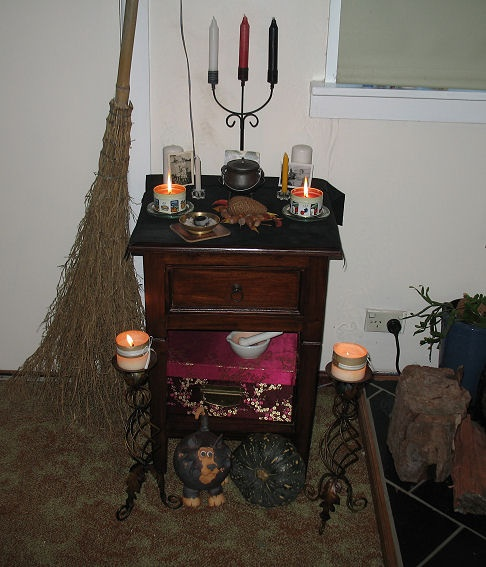 Halloween Wedding Altar: My First Samhain Altar.