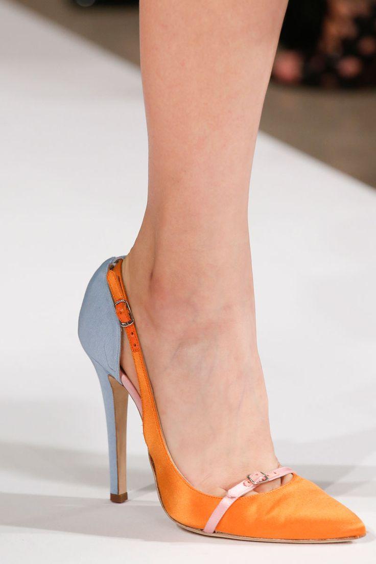 Oscar de la Renta Spring 2014 RTW - Details - Fashion Week - Runway, Fashion Shows and Collections - Vogue
