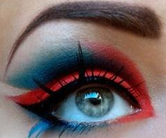 siick eye make up