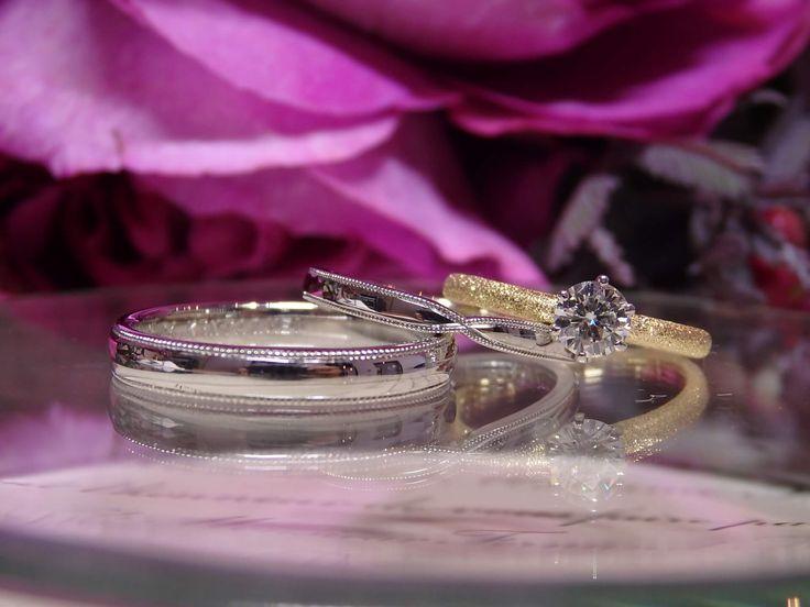 お母様から譲りうけたダイヤモンドで家族を繋ぐ婚約指輪とミル打ちの結婚指輪  [engagement,marriage,wedding,ring,bridal,K18,Pt900,diamond,ダイヤモンド,マリッジリング,結婚指輪,オーダーメイド,コンビカラー,ウエディング,ith,イズマリッジ]