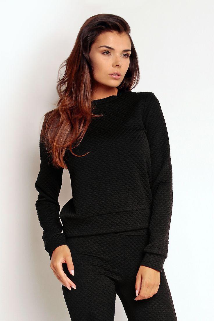 Pikowana bluza z czarnego materiału - TheTwiggyShop.com