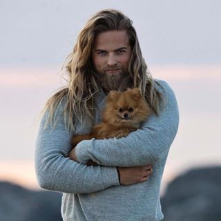 This man holding a puppy. Dear lord. | 19 Men That Will Ruin You For Short-Haired Guys