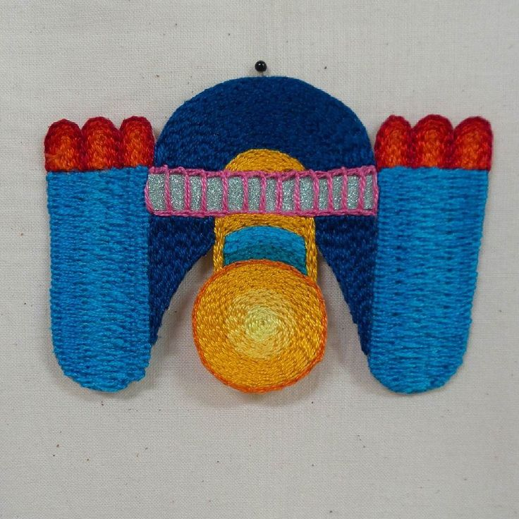 Look who just moved in to the magic brain forest!  . . . #textileart #colorgasm #sewing #fineart #art #eatenkate #embroidery #studiolife #contemporarycraft #stitching #hantverk #sweden #crafts #konsthantverk #tambour #stitchersofinstagram #embroiderersofinstagram #feelingstitchyig  #swedish #fineart #hemslöjd #needlecraft #konst #kunst #taide  #borduren #broderi #tambour #aari #dutchartist