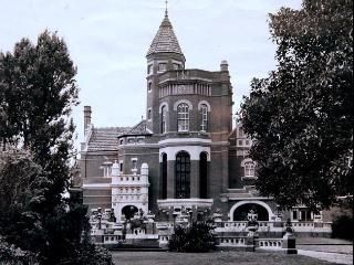 Norwood in Brighton was one of Melbourne's grand mansions. It was town down in the 1950s.