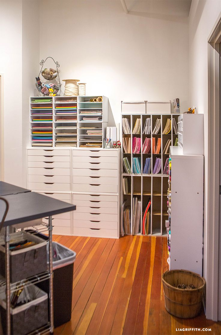 1000 Images About Scrapbook And Craft Rooms On Pinterest