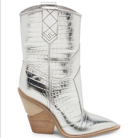 ISO Fendi Cutwalk Cowboy Boots | Boots
