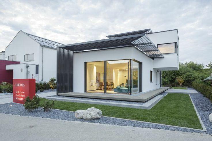 10 beste afbeeldingen van luxhaus musterh user moderne huizen architectuur en. Black Bedroom Furniture Sets. Home Design Ideas