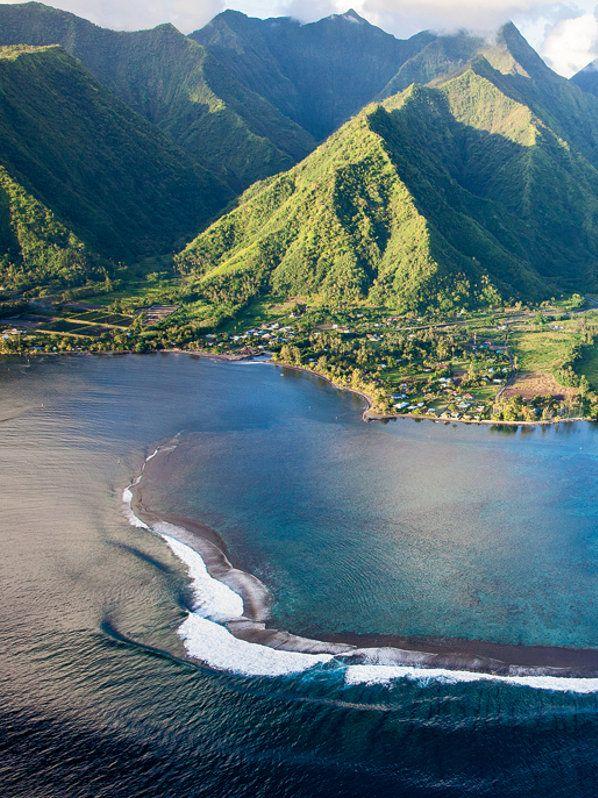 sport. swimwear. hawaii. #ELLEMERswimwear for bikinis that stay on when you surf
