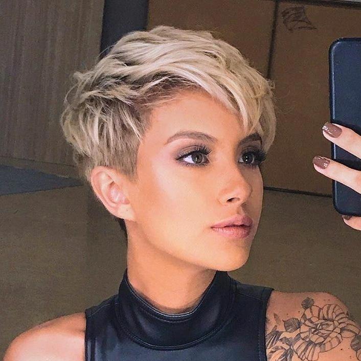 2020 Fashion Trends 2020fashiontrends Fashion Trends Shortpixie In 2020 Girls Short Haircuts Short Hair Trends Hair Styles