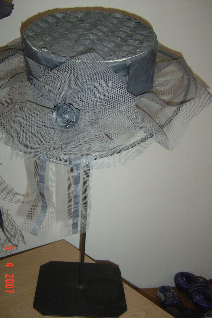 hoedvorm bekleed met lood en horregaas