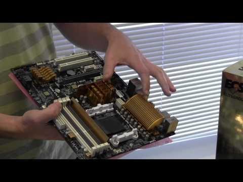 """Vídeo de unboxing das placas-mãe A970M-A Deluxe e A85F2-A Golden da ECS. A primeira é a melhor placa da empresa com chipset AMD A970, trazendo o sistema Anti-Dust Shield, que evita que o cooler do processador """"empurre"""" a poeira para cima das placas localizadas sobre os slots PCI e também sobre as memórias. Já a A85F2-A Golden é considerada a melhor placa da empresa para socket FM2, com suporte as novas APUs Trinity da AMD, como exemplo o A10-5800K."""