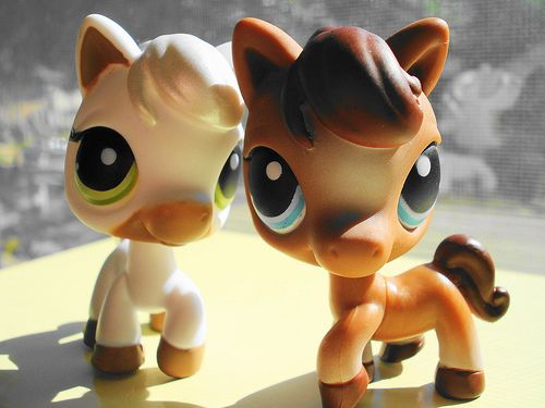 LPS Horses..used to have these untill i lost them at my grandmas house!