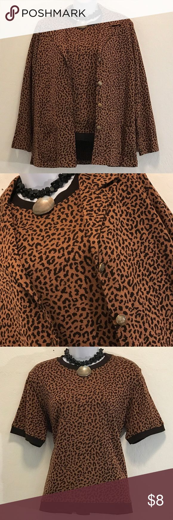 Cathy Daniels 2pc Animal Print Cami Set Excellent Condition, Burton Down Jacket, Stretch, Shoulder Pads, Side Slit, Great with Pants or Skirt. Tops Blouses