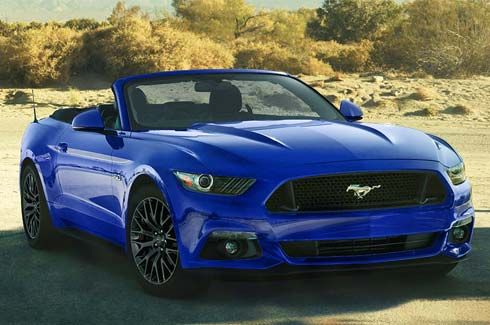 Mustang GT Convertible in Lightning Blue