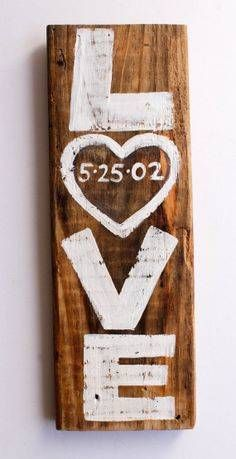 Pallet board DIY love home decoration