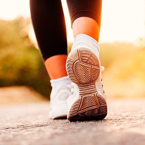 Вот сколько вам нужно ходить, чтобы начать сбрасывать вес