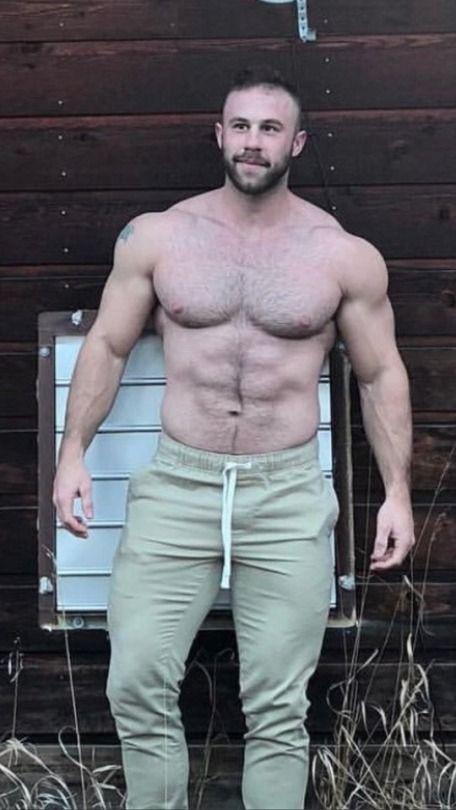 Hot Muscle Hairy Men
