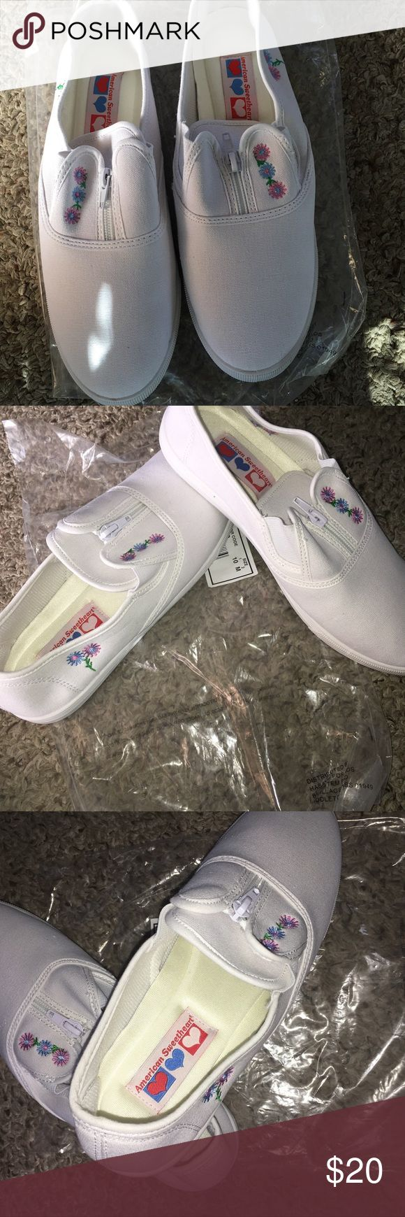 American Sweetheart White Canvas Zip-up Women's white canvas slip-on shoes with zipper front with stretch comfort panels  embroidered cute little blue and pink 🌸 flower 🌺 design.  So cute for summer 2018 💐 💕💋 Size 10m American sweetheart Shoes Sneakers