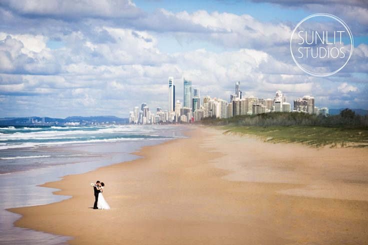 A lovely clear, sunny day on the Gold Coast! Wedding Photography by Sunlit Studios.