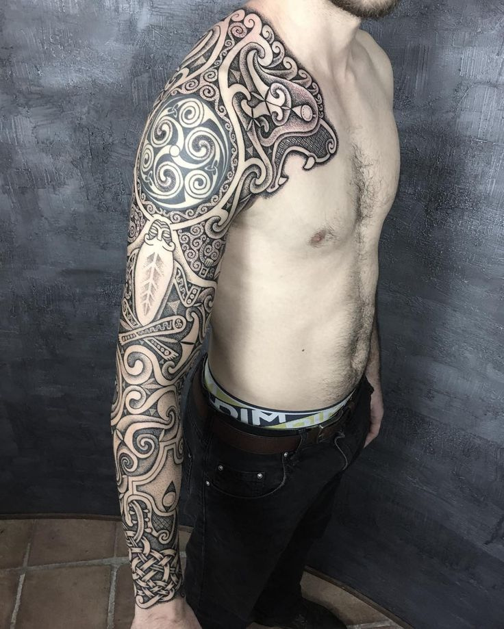 "1,261 Likes, 21 Comments - Sean Parry (@sacred_knot_tattoo) on Instagram: ""Wolves of Cernunnos. The spiral at the top of the arm is not my work, but I did my best to fit it…"""