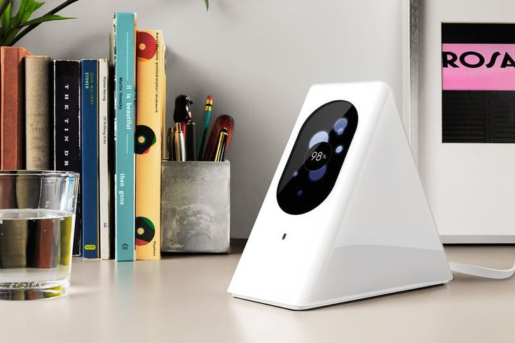 Starry Station wifi router with live graphic representation of the quality of your devices' connections