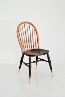 Out of the Woods: het avontuur van 12 hardhouten stoelen met American Hardwood Export Council