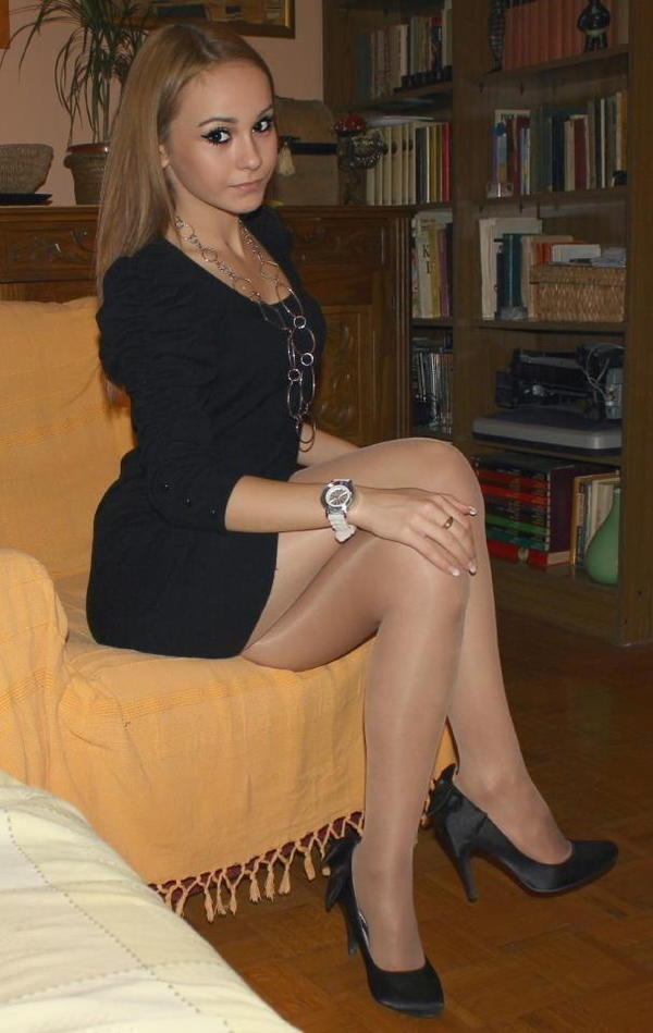Pantyhose wife girl