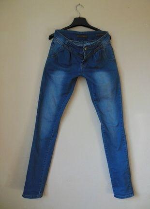 Kup mój przedmiot na #vintedpl http://www.vinted.pl/damska-odziez/dzinsy/11279908-monday-dzinsy-rurki-fajny-fason-36