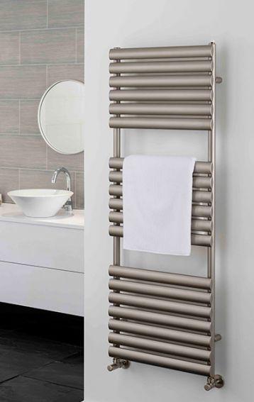 Oval Tube towel rail the Ellipsis