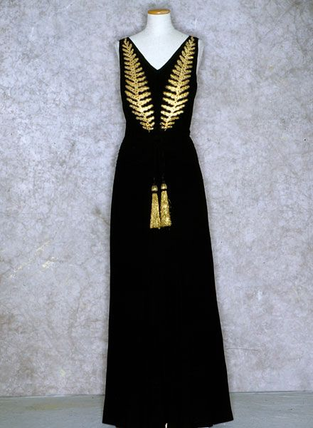 1937 - Authentic Collection - Tirelli Costumi: Vintage Fashion, 1930S Black, Evening Gowns, Feroci Gowns, 1930 1940, Evil Queens, 1930 S Glamour, Vintage Style, Gowns Fit