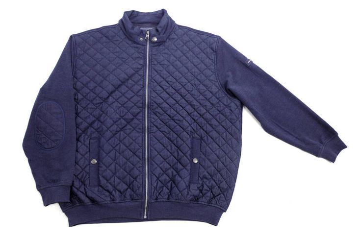 Pikowana bluza Pierre Cardin a'la jeans. Dostępna w rozmiarówce od 3XL do 8XL. Skład: 70% bawełna 30% poliester.