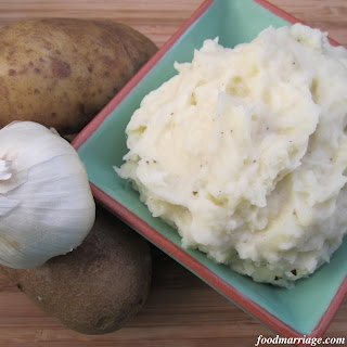 Creamy Garlic Mashed Potatoes for Two! Why is it so hard to only cook for two? haha I blame my family of 5.