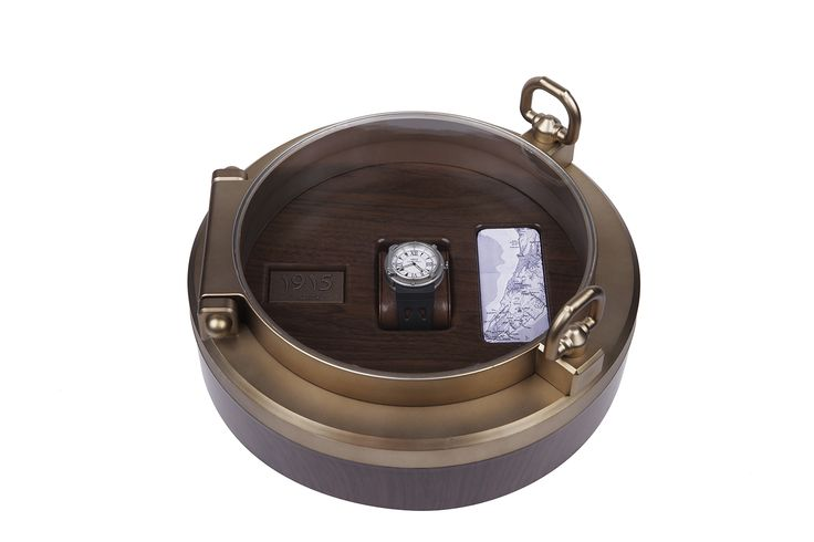 the most interesting watch box in the world !