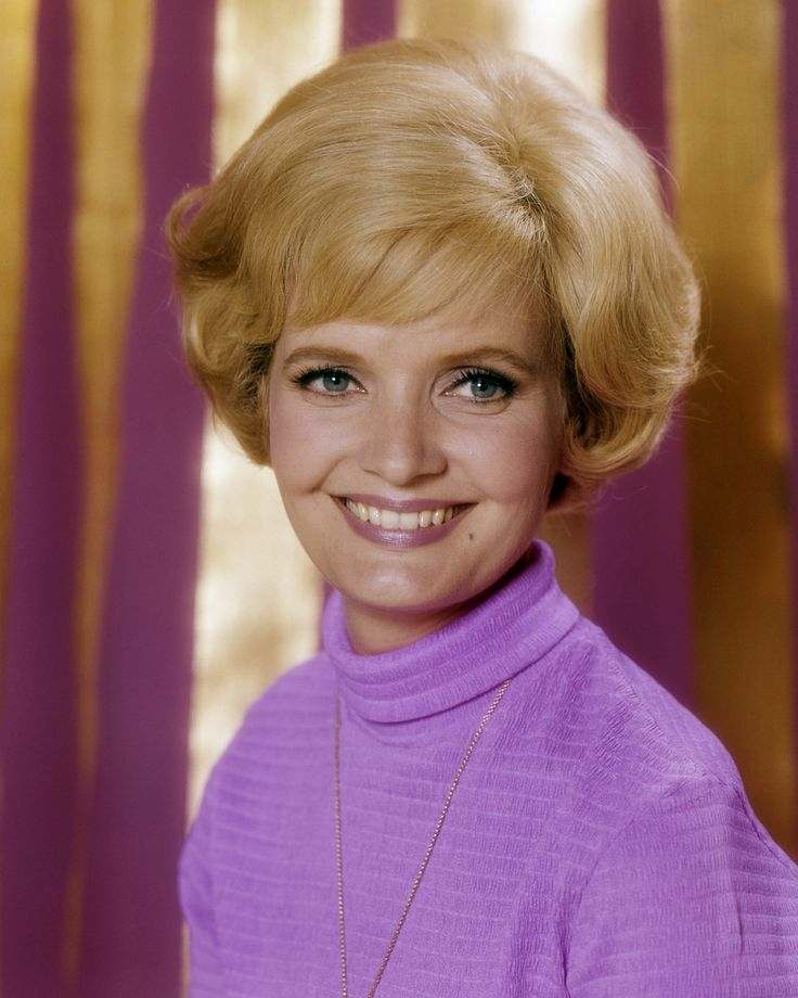 25 Unknown Facts about Florence Henderson The Brady Bunch - Carol