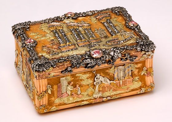 Diamond encrusted gold snuffbox, about 1768. Museum no. Loan:Gilbert.346-2008 | V