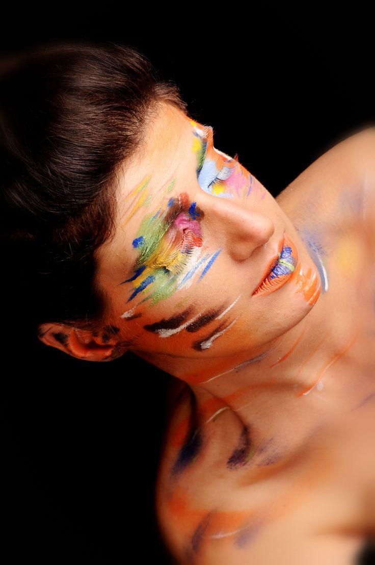 Avant garde make-up - Fotografie; Fotoaanhuis Lincy - MUA Julie Geldhof