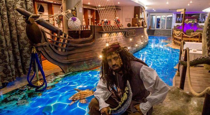 Hotel Bicaz Mamaia, oferte sejur minim 5 nopti cazare in camera dubla cu mic dejun, demipensiune sau pensiune completa, situat la 10 m de plaja Mamaia