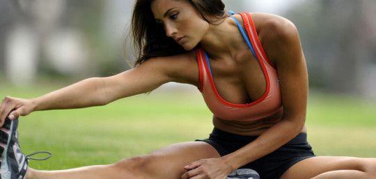 Cvičit s vlastní vahou? Ušetříte za fitko!