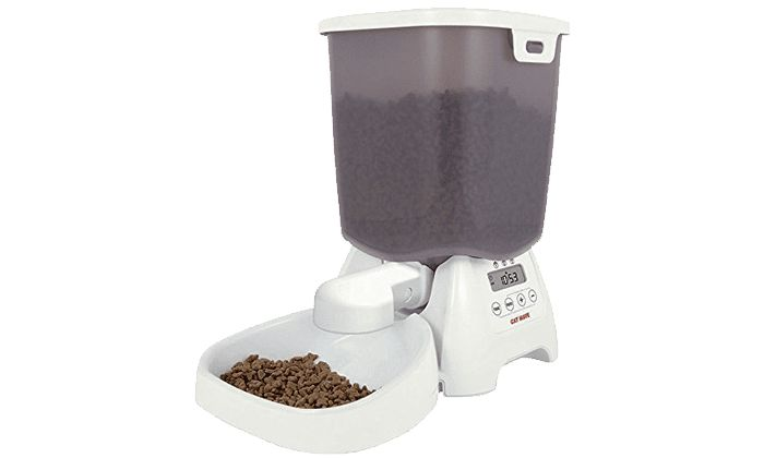 Best Automatic Cat Feeder for Cats on a Diet: Cat Mate C3000 Automatic Dry Food Pet Feeder