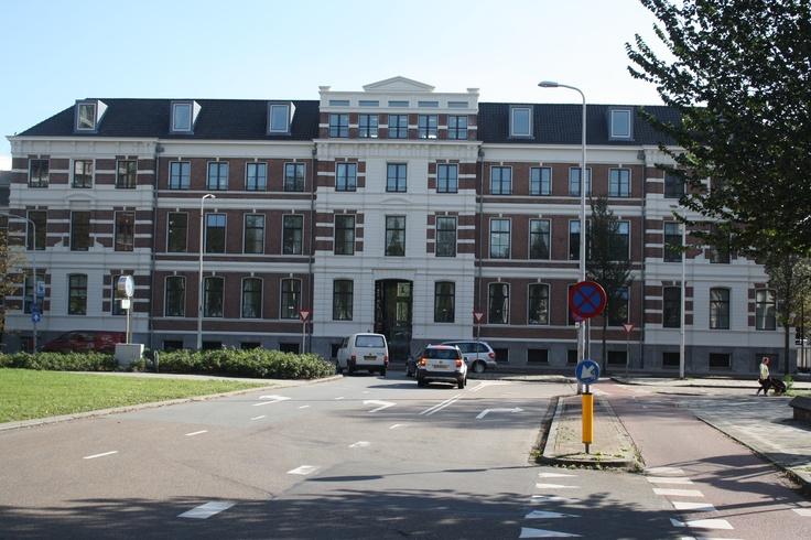 Appartementencomplex te Duinoord Den Haag na schilderwerkzaamheden door Sibbing schilderwerken.