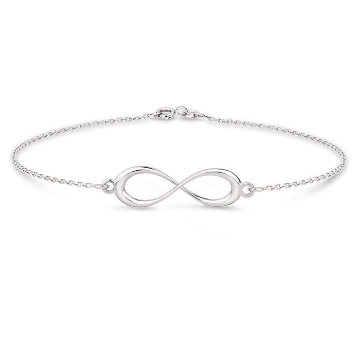 Kolekcja TRENDY to delikatne łańcuszki ozdobione minimalistycznymi kształtami, które nigdy nie wychodzą z mody. Bransoletka wykonana ze srebra przypadnie do gustu osobom lubiącym nowoczesne, proste formy i subtelną biżuterię. Znak nieskończoności wykorzystany jako motyw ozdobny może symbolizować deklarację uczuć lub przyjaźni. Srebrna bransoletka to pomysł na prezent dla bliskiej osoby.