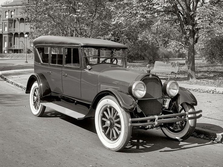 Peerless 7-passenger Touring Phaeton '1924