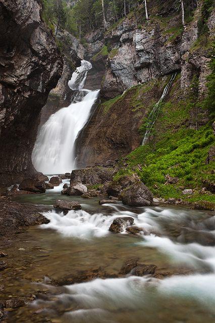 Cascada del Estrecho, Valle de Ordesa Pirineo Aragones Huesca Spain